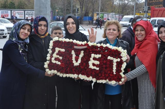 Erdoğan'a EVET'li çiçek