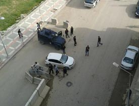 Emniyet Müdürlüğü'ne bombalı saldırı girişimi!