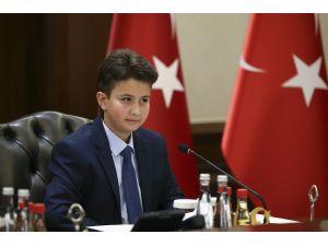 Başbakan Yıldırım çocukları kabul etti VİDEO HABER