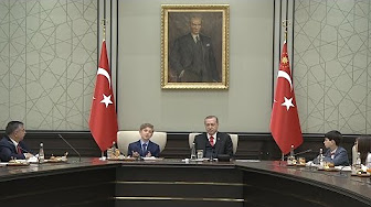 Cumhurbaşkanı Erdoğan koltuğunu devretti VİDEO HABER