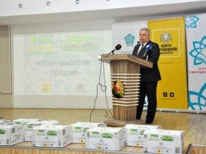 Stada gelen kitaplar okullara teslim edildi