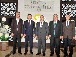 Selçuk Üniversitesi, Mahmud Kaşgari Doğu Üniversitesi ile işbirliği konuşuldu