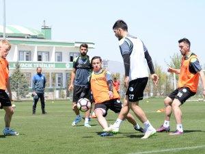 Konyaspor'da Osmanlıspor mesaisi