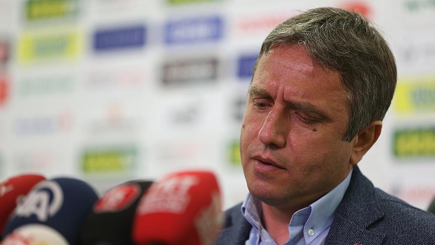Bursaspor Teknik Direktörü Topçu, istifa etti