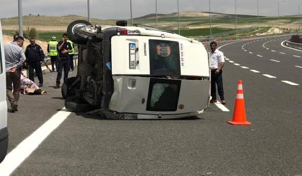 Konya'da Tarım işçilerini taşıyan minibüs devrildi: 13 yaralı