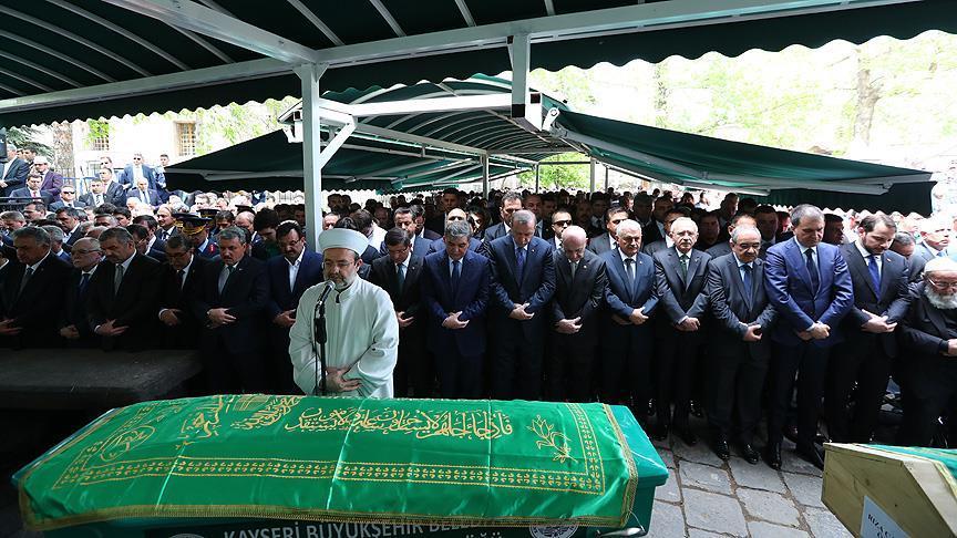 Türk siyasetini buluşturan cenaze