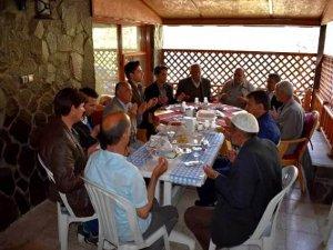 Kaymakam Erdoğan şehit ve gazi aileleriyle buluştu