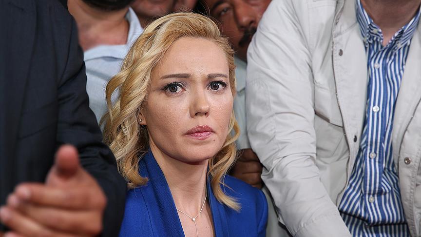 """TRT'yi basan albaydan """"sosyal demokratım"""" savunması"""