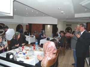 Şehit aileleri iftar sofrasında ağırlandı