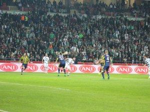 Konyaspor'un seyirci sayısı düştü