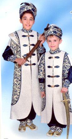 Muhammet Berat ile Taha Yasin sünnet oldular