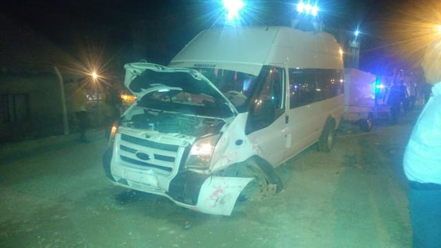 Konya'da, minibüsle otomobil çarpıştı: 7 yaralı
