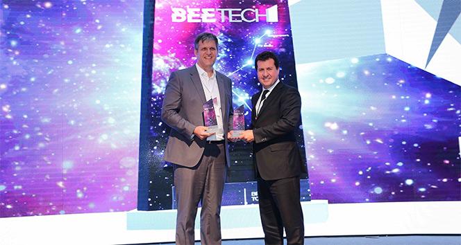 Vodafone'un inovasyon şirketine 2 ödül