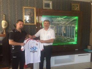 Kasırgaspor'a sponsor