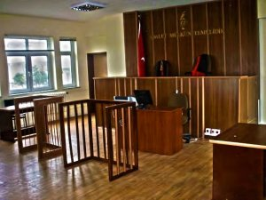 FETÖ sanığı eski cumhuriyet savcının yargılanmasına başlandı