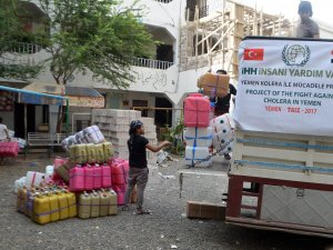 İHH, Yemen'de kolera ile mücadeleye başladı