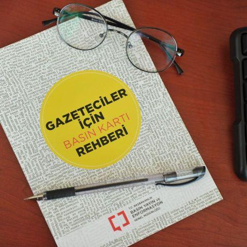BYEGM'den 'gazeteciler için basın kartı rehberi'