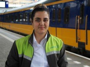 Hollanda'nın en genç bayan tren makinisti Türk kızı