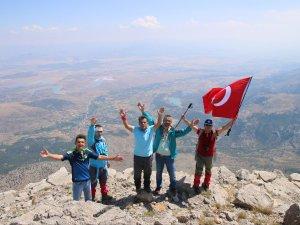 Dağcılar Eren Bülbül için tırmandı