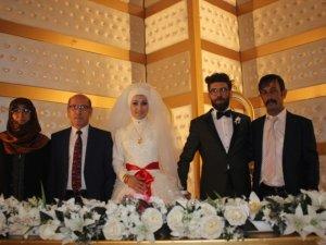 Elif Nur  ile Serhat evlendi
