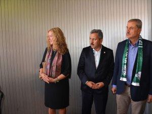 Konyaspor'u başkonsolons karşıladı