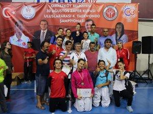 Meram Belediyespor'dan 3 altın madalya