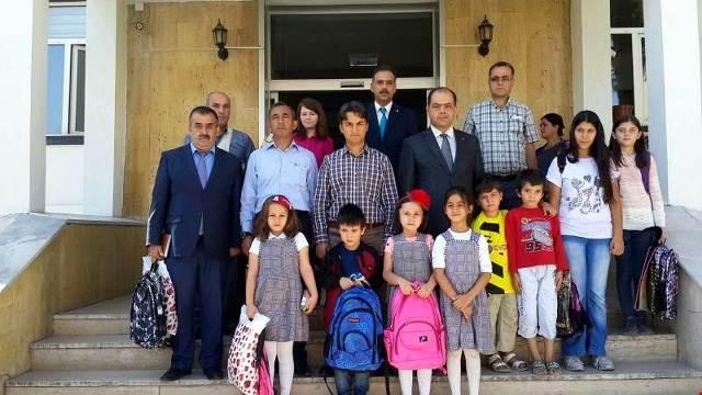 Seydişehir polisinden öğrencilere yardım
