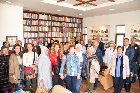 Afyonlu ve İstanbullu Eczacılar Konya'da