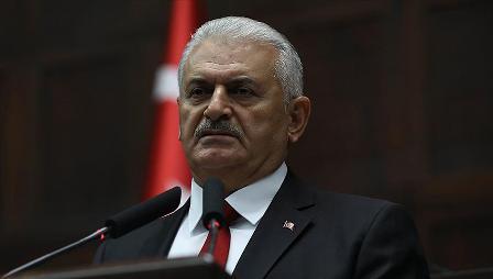 Başbakan Yıldırım: Türkiye bütün varlığıyla depremzede kardeşlerinin yanında