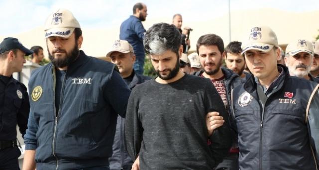 Mersin'de polis servis aracına yönelik bombalı saldırının zanlıları yakalandı