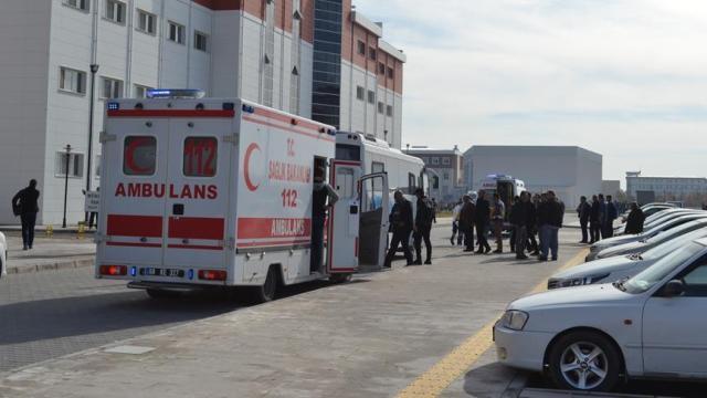 Kars'ta üniversite öğrencileri arasında çıkan kavgada bir öğrenci öldü