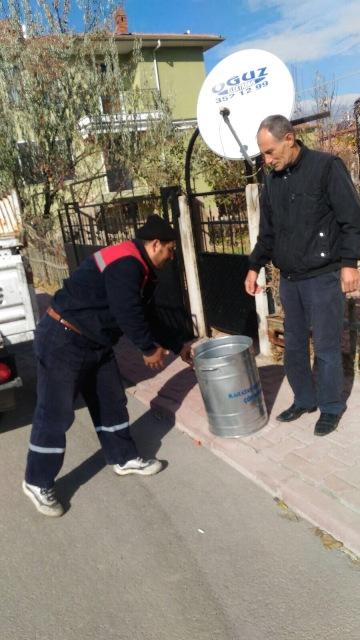 Karatay'da Çöp Konteynerleri Yenileniyor