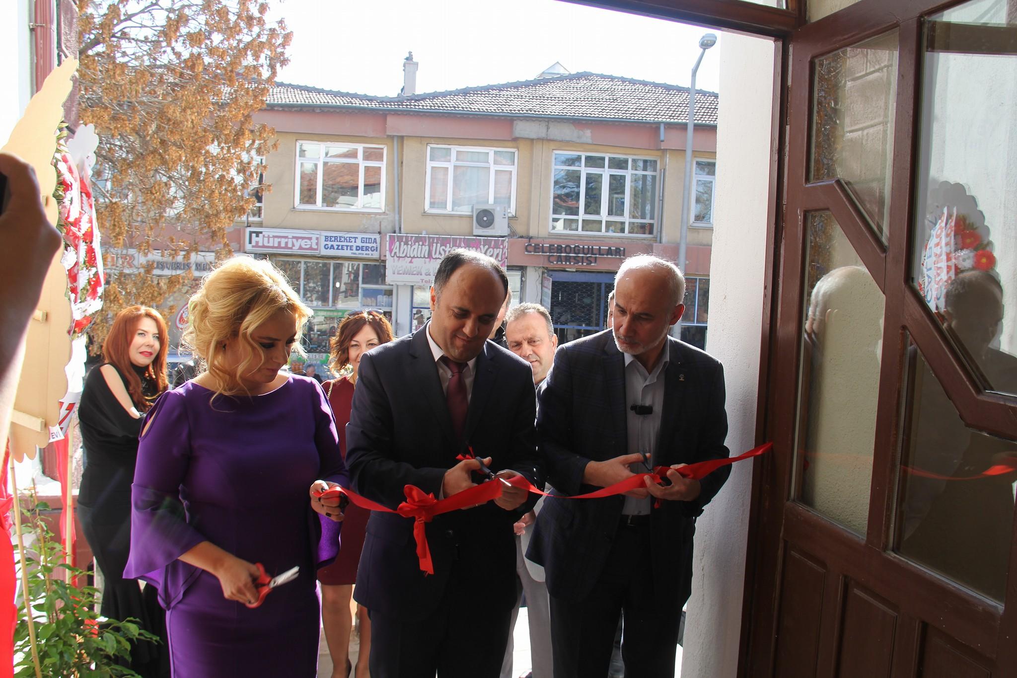 Beyşehir Kültür Sanat Merkezinde ilk sergi açıldı