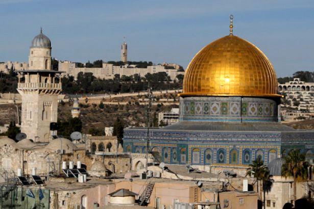 Sarıkaya'dan 'Kudüs'te çocuk olmak' şiiri