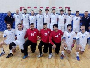 Hentbolcular İzmir'de galibiyet arayacak