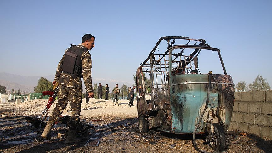 Afganistan'da cenaze töreninde intihar saldırısı: 15 ölü
