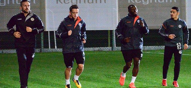 Atiker Konyaspor'da ikinci yarı hazırlıkları başladı