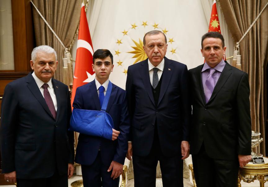 Erdoğan direnişin sembolü Cuneydi'yi kabul etti