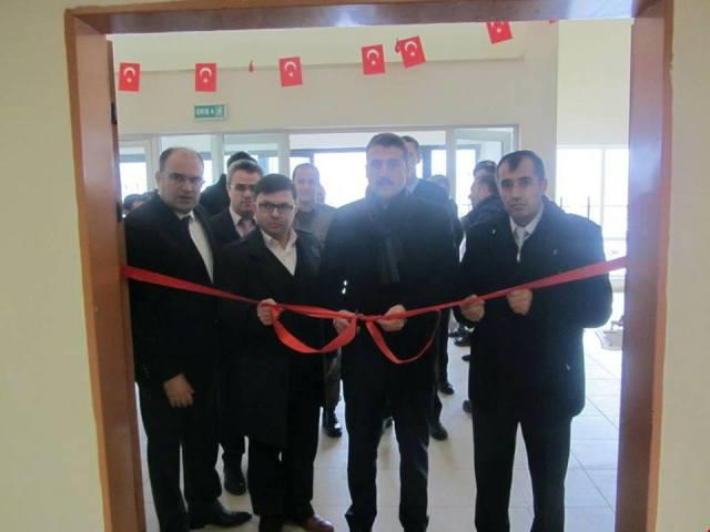 Kaymakam Fatih Cıdıroğlu Resim sergisini açtı