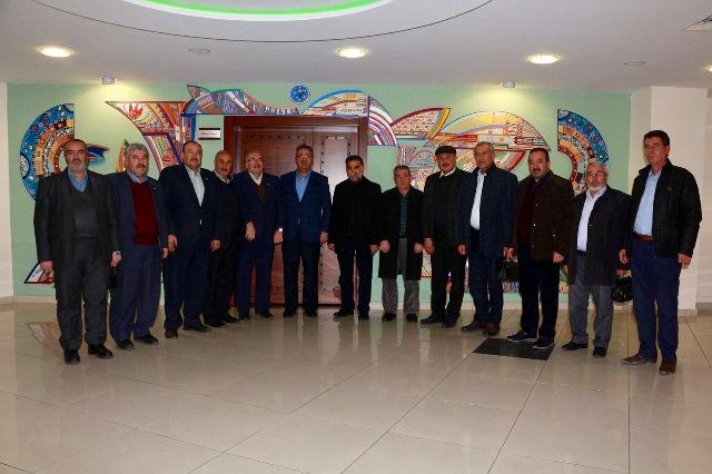 Muhtarlar Başkan Hançerli'yi Ziyaret Etti