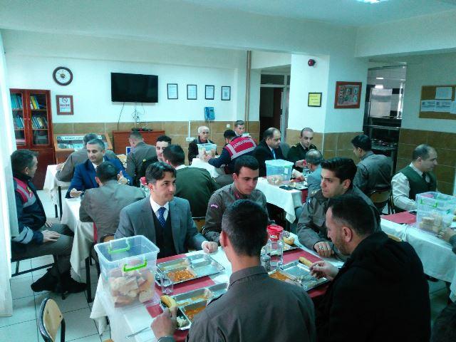 Seydişehir'de Zeytin Dalı Harekatı'na destek