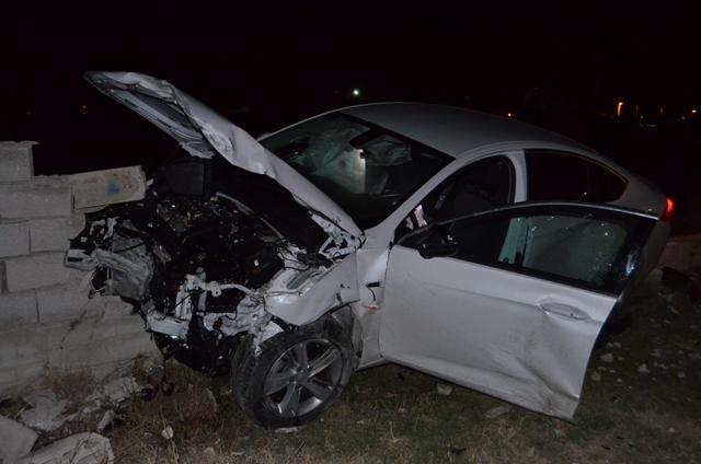 Ilgın'da iki otomobil çarpıştı: 2 yaralı
