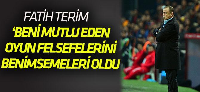 """Fatih Terim: """"Beni mutlu eden oyun felsefesini benimsemeleri"""""""