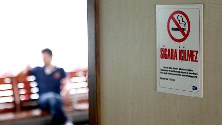 Prof. Dr. Cevdet Erdöl: Sigara yasağının uygulanmasında gevşeklik var