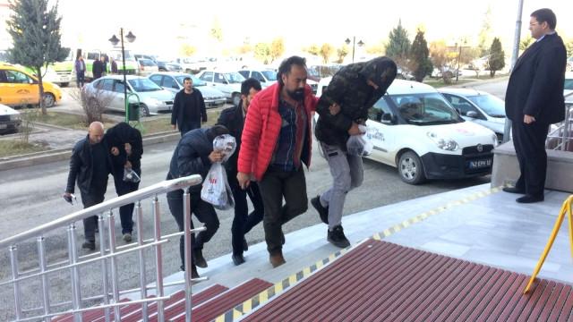 Konya'da Evlerden Hırsızlığa 3 Gözaltı