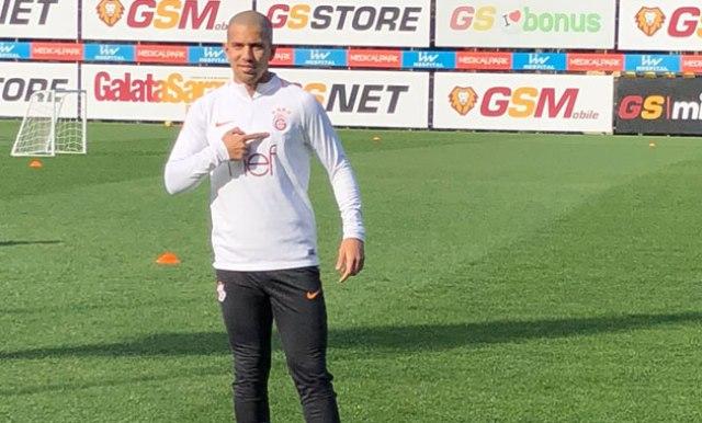 Feghouli geçen sezonunun en iyi oyuncusu seçildi