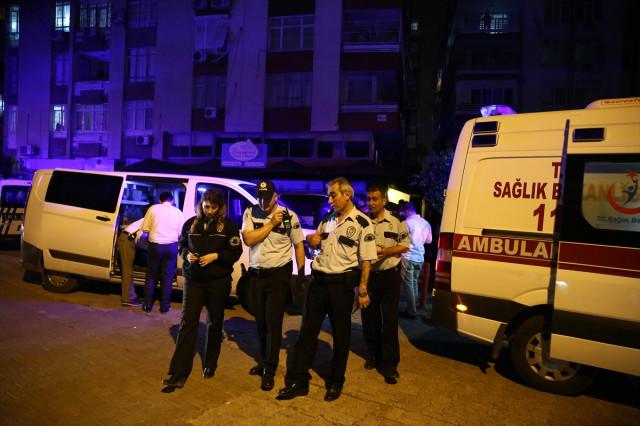 Adana'da bir evde iki ceset bulundu