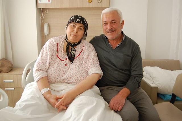 25 yıllık yürüme güçlüğü protez ameliyatla sona erdi
