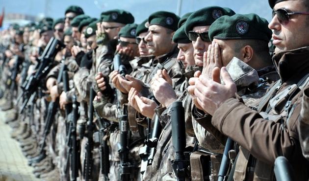 Özel timler Afrin'e geçti!