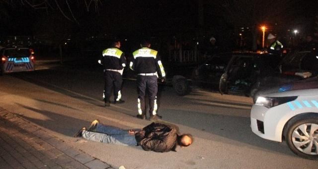 """Kovalamacayla yakalanan sürücü """"Aracın vizesi yok"""" dedi, plakası sahte çıktı"""